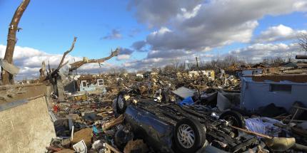 20131118-tornado-in-usa